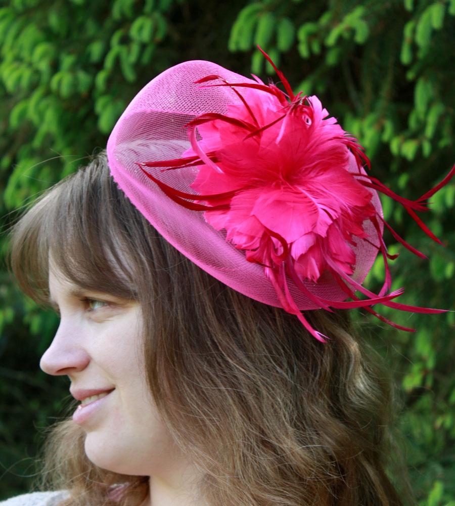 mini chapeau peigne mariage bibi tulle plume rose fushia neuf ebay. Black Bedroom Furniture Sets. Home Design Ideas