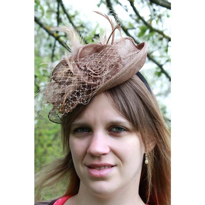 chapeau ceremonie bibi mariage fleur filet plumes marron. Black Bedroom Furniture Sets. Home Design Ideas